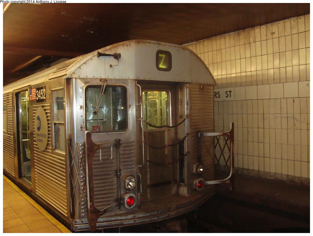 (350k, 1044x788)<br><b>Country:</b> United States<br><b>City:</b> New York<br><b>System:</b> New York City Transit<br><b>Line:</b> BMT Nassau Street/Jamaica Line<br><b>Location:</b> Chambers Street <br><b>Route:</b> Z<br><b>Car:</b> R-32 (Budd, 1964)  3452 <br><b>Photo by:</b> Anthony J. Liccese<br><b>Date:</b> 7/3/2013<br><b>Viewed (this week/total):</b> 0 / 957