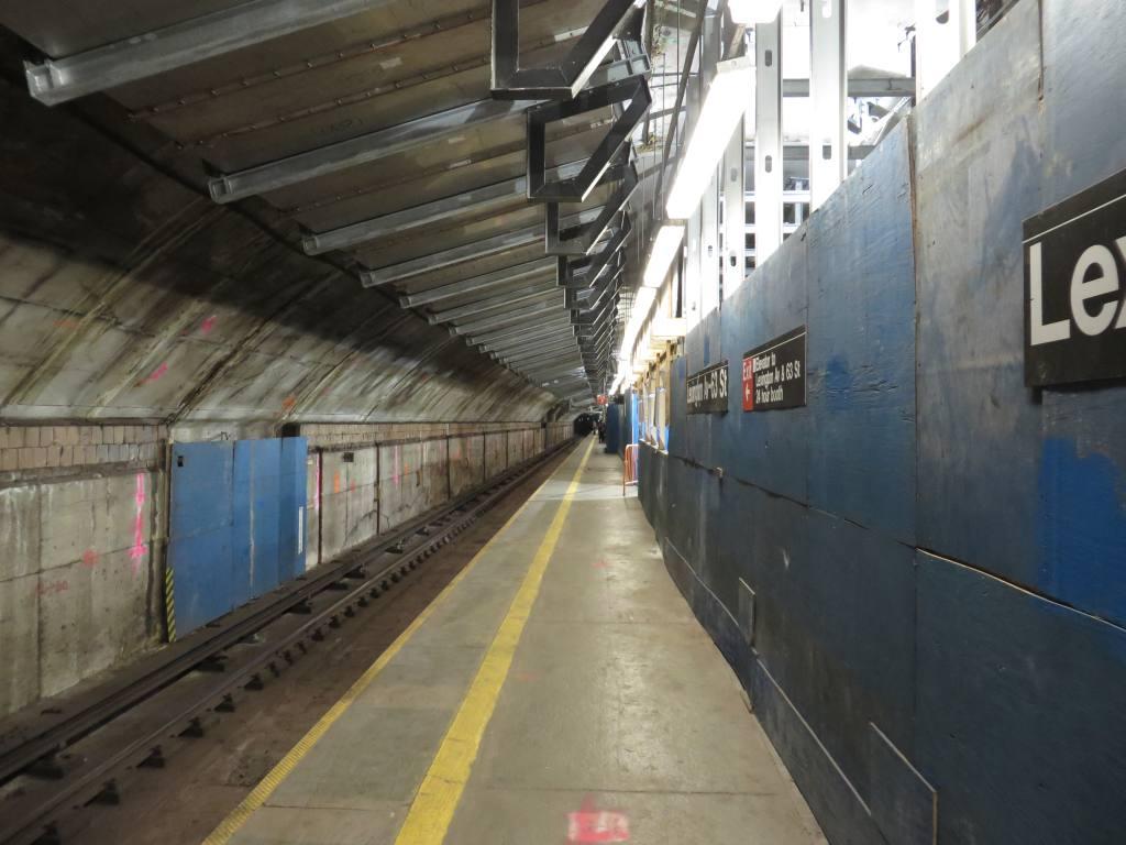 (101k, 1024x768)<br><b>Country:</b> United States<br><b>City:</b> New York<br><b>System:</b> New York City Transit<br><b>Line:</b> IND 63rd Street<br><b>Location:</b> Lexington Avenue-63rd Street <br><b>Photo by:</b> Robbie Rosenfeld<br><b>Date:</b> 1/19/2014<br><b>Notes:</b> Station renovation for 2nd Ave subway<br><b>Viewed (this week/total):</b> 0 / 1365