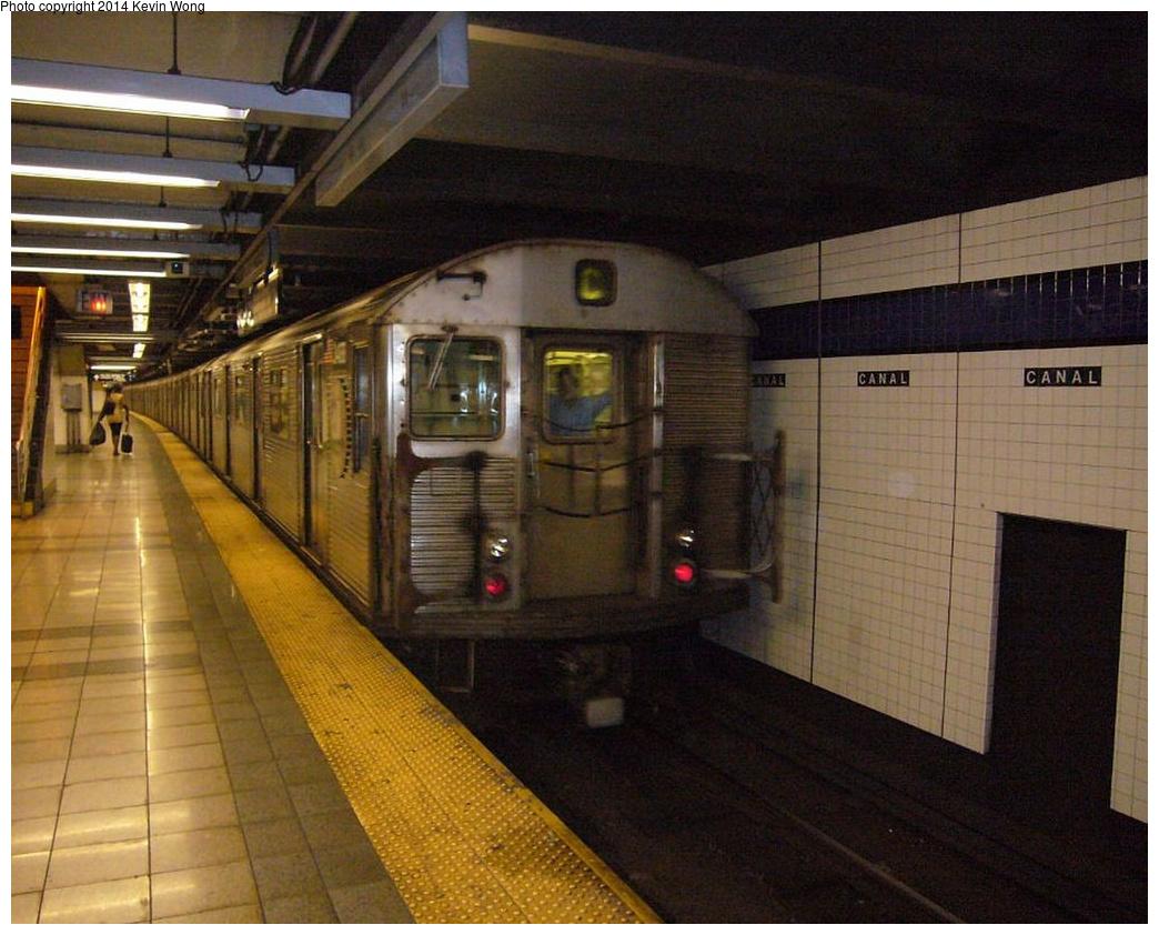 (360k, 1044x842)<br><b>Country:</b> United States<br><b>City:</b> New York<br><b>System:</b> New York City Transit<br><b>Line:</b> IND 8th Avenue Line<br><b>Location:</b> Canal Street-Holland Tunnel <br><b>Route:</b> C<br><b>Car:</b> R-32 (Budd, 1964)  3488 <br><b>Photo by:</b> Kevin Wong<br><b>Date:</b> 6/11/2007<br><b>Viewed (this week/total):</b> 3 / 1128