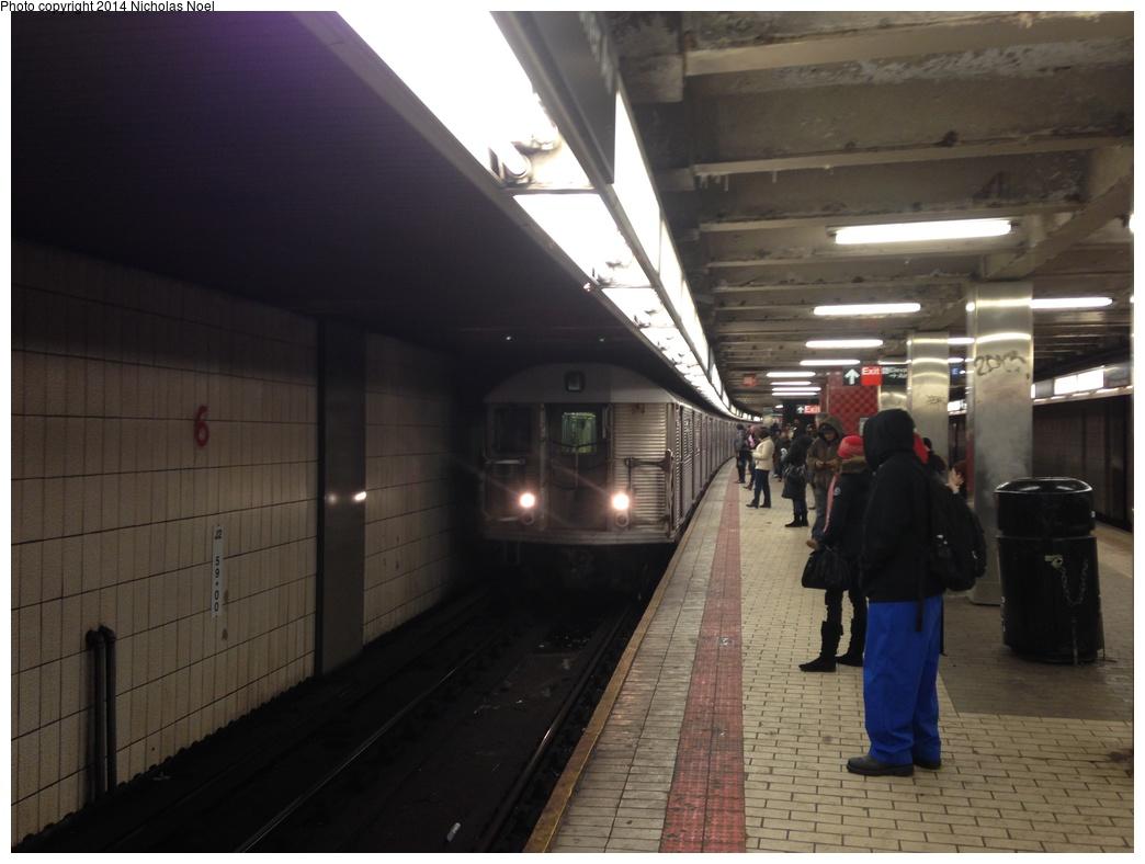 (229k, 1044x788)<br><b>Country:</b> United States<br><b>City:</b> New York<br><b>System:</b> New York City Transit<br><b>Line:</b> BMT Nassau Street/Jamaica Line<br><b>Location:</b> Sutphin Blvd.-Archer Ave./JFK <br><b>Route:</b> J<br><b>Car:</b> R-32 (Budd, 1964)  3420 <br><b>Photo by:</b> Nicholas Noel<br><b>Date:</b> 1/31/2014<br><b>Viewed (this week/total):</b> 3 / 1385