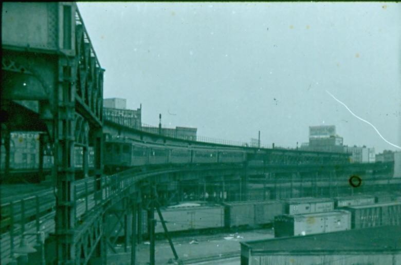 (196k, 780x516)<br><b>Country:</b> United States<br><b>City:</b> New York<br><b>System:</b> New York City Transit<br><b>Line:</b> 3rd Avenue El<br><b>Location:</b> 132nd & Alexander <br><b>Collection of:</b> William J. Myers/Courtesy James McGinty <br><b>Viewed (this week/total):</b> 1 / 1528