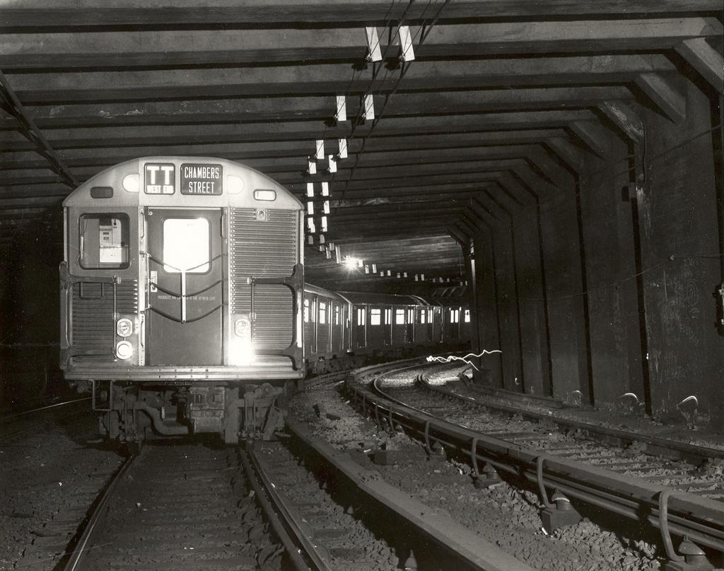 (313k, 1024x808)<br><b>Country:</b> United States<br><b>City:</b> New York<br><b>System:</b> New York City Transit<br><b>Line:</b> IND 8th Avenue Line<br><b>Location:</b> Chambers Street/World Trade Center <br><b>Car:</b> R-32 (Budd, 1964)  3941 <br><b>Collection of:</b> Frank Pfuhler<br><b>Date:</b> 1966<br><b>Notes:</b> Tunnel north of Chambers leading to Manhattan Bridge<br><b>Viewed (this week/total):</b> 3 / 1287