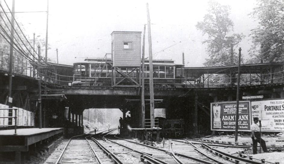 (135k, 943x546)<br><b>Country:</b> United States<br><b>City:</b> New York<br><b>System:</b> New York City Transit<br><b>Line:</b> BMT Brighton Line<br><b>Location:</b> Prospect Park <br><b>Collection of:</b> Frank Pfuhler<br><b>Date:</b> 6/19/1916<br><b>Notes:</b> BRT trolley 4158 on loop over Prospect Park station<br><b>Viewed (this week/total):</b> 7 / 1124
