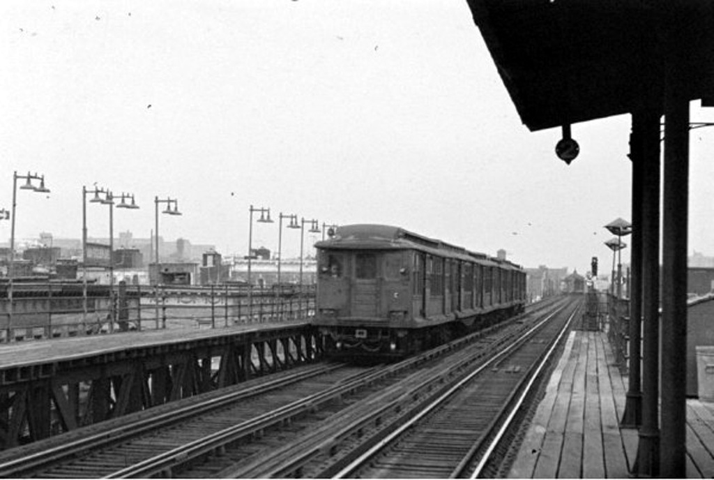(165k, 1024x688)<br><b>Country:</b> United States<br><b>City:</b> New York<br><b>System:</b> New York City Transit<br><b>Line:</b> BMT Fulton<br><b>Car:</b> BMT C  <br><b>Collection of:</b> Frank Pfuhler<br><b>Viewed (this week/total):</b> 2 / 820