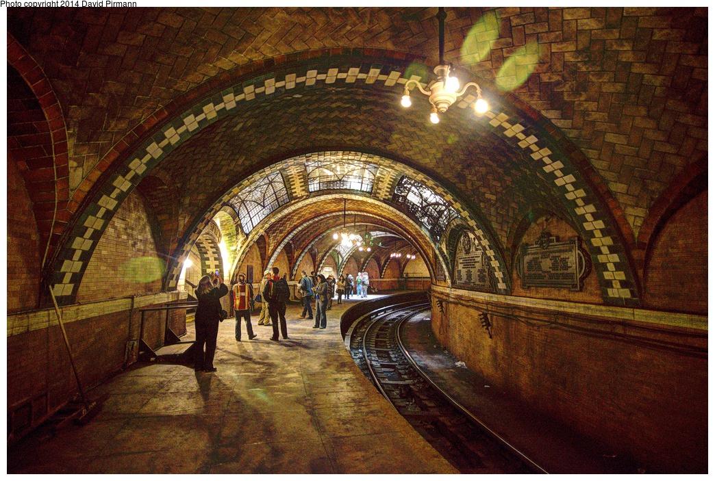 (444k, 1044x703)<br><b>Country:</b> United States<br><b>City:</b> New York<br><b>System:</b> New York City Transit<br><b>Line:</b> IRT East Side Line<br><b>Location:</b> City Hall <br><b>Photo by:</b> David Pirmann<br><b>Date:</b> 4/13/2013<br><b>Viewed (this week/total):</b> 2 / 2800