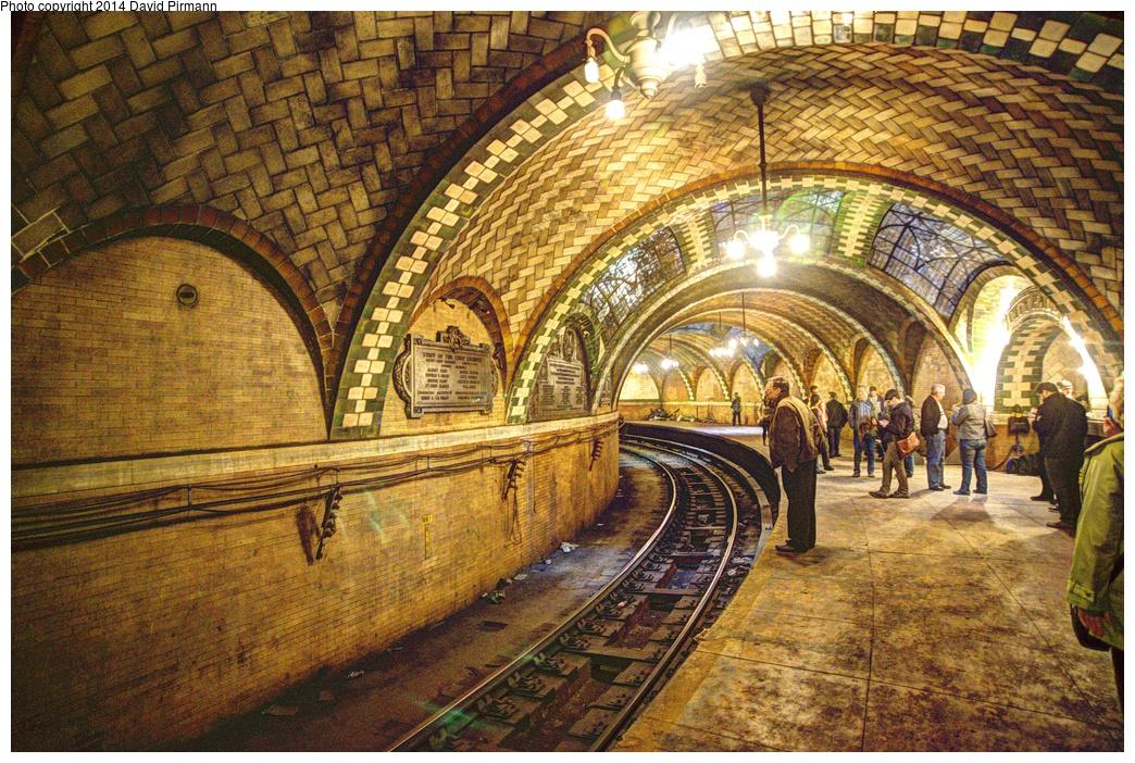 (485k, 1044x702)<br><b>Country:</b> United States<br><b>City:</b> New York<br><b>System:</b> New York City Transit<br><b>Line:</b> IRT East Side Line<br><b>Location:</b> City Hall <br><b>Photo by:</b> David Pirmann<br><b>Date:</b> 4/13/2013<br><b>Viewed (this week/total):</b> 2 / 2702
