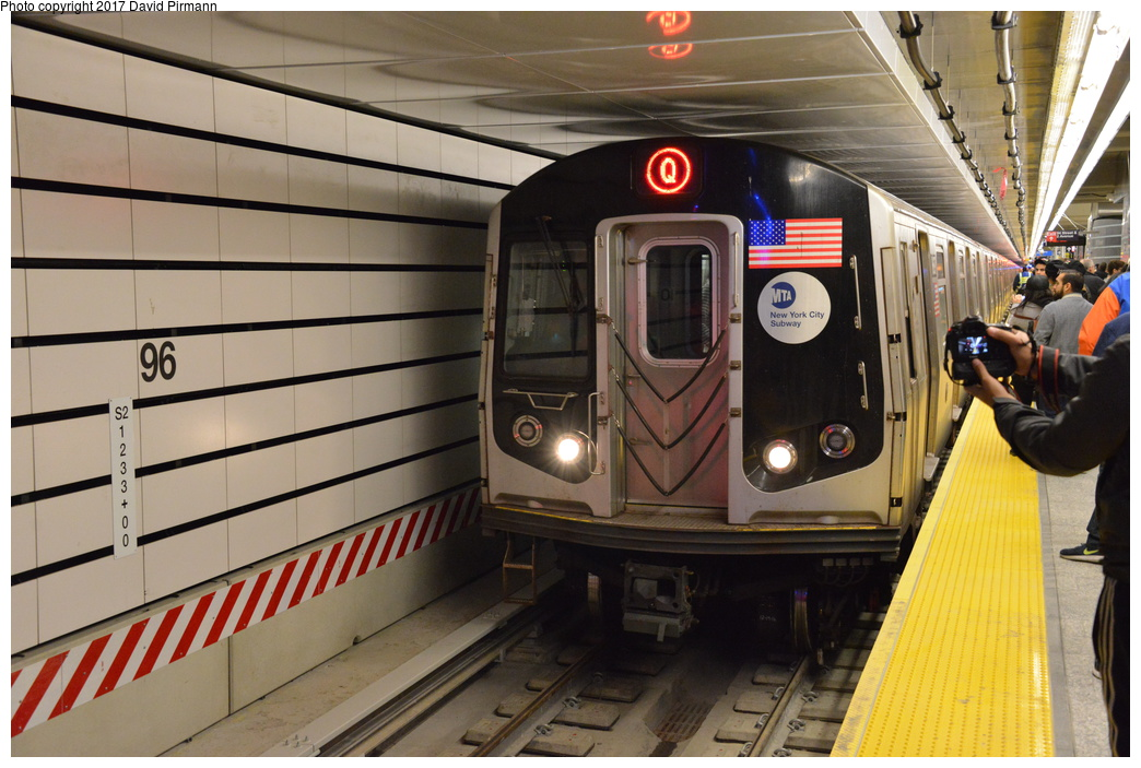 (286k, 1044x703)<br><b>Country:</b> United States<br><b>City:</b> New York<br><b>System:</b> New York City Transit<br><b>Line:</b> 2nd Avenue Subway<br><b>Location:</b> 96th Street<br><b>Photo by:</b> David Pirmann<br><b>Date:</b> 1/1/2017<br><b>Viewed (this week/total):</b> 0 / 1081