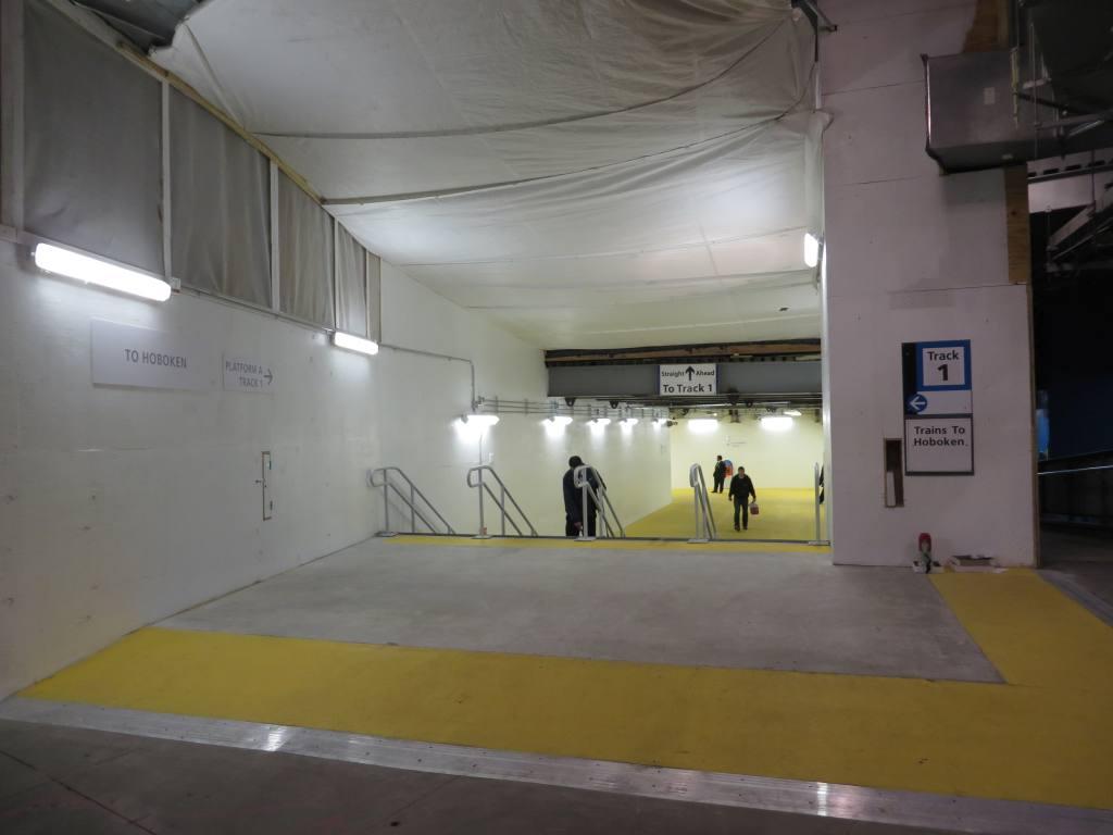 (67k, 1024x768)<br><b>Country:</b> United States<br><b>City:</b> New York<br><b>System:</b> PATH<br><b>Location:</b> World Trade Center <br><b>Photo by:</b> Robbie Rosenfeld<br><b>Date:</b> 2/25/2014<br><b>Notes:</b> Concourse<br><b>Viewed (this week/total):</b> 1 / 952