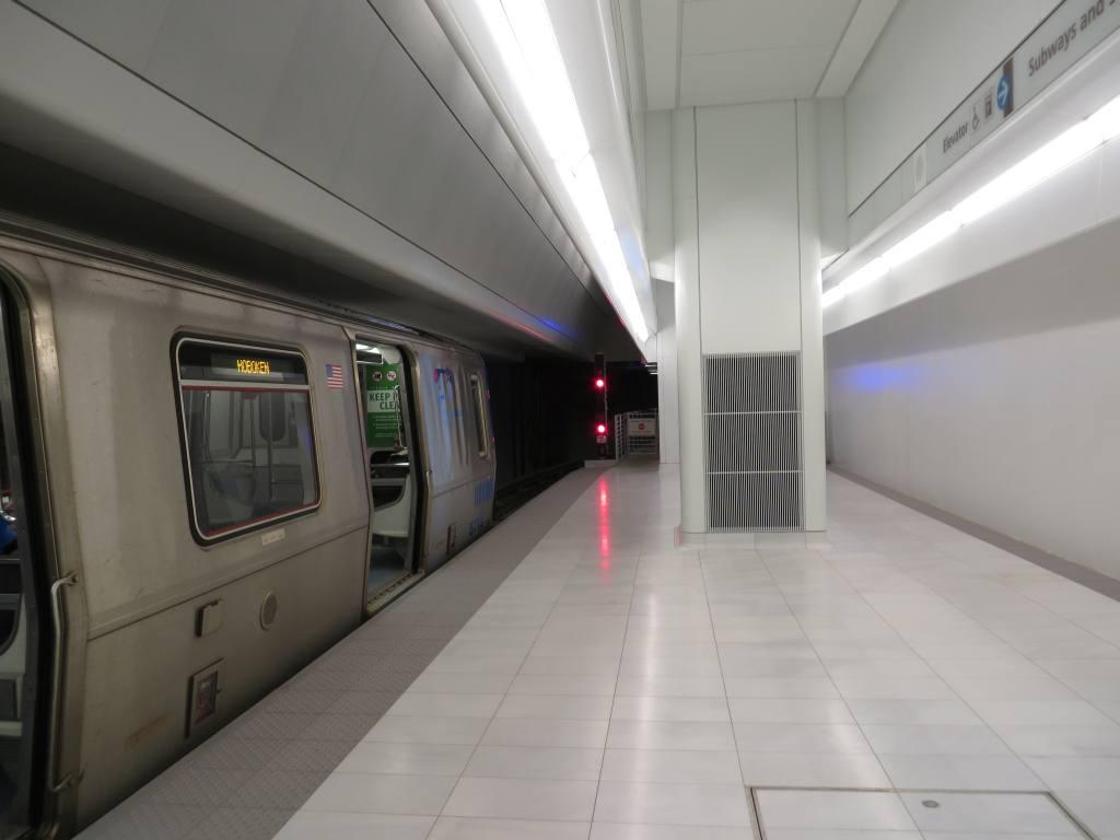 (69k, 1024x768)<br><b>Country:</b> United States<br><b>City:</b> New York<br><b>System:</b> PATH<br><b>Location:</b> World Trade Center <br><b>Photo by:</b> Robbie Rosenfeld<br><b>Date:</b> 2/25/2014<br><b>Notes:</b> Platform 1<br><b>Viewed (this week/total):</b> 0 / 916