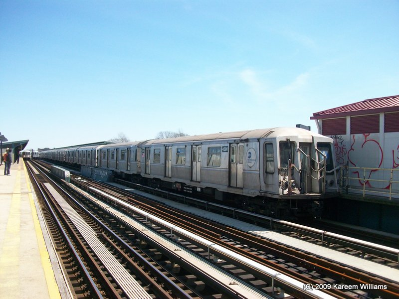 (110k, 800x600)<br><b>Country:</b> United States<br><b>City:</b> New York<br><b>System:</b> New York City Transit<br><b>Line:</b> IND Fulton Street Line<br><b>Location:</b> 104th Street/Oxford Ave. <br><b>Route:</b> A<br><b>Car:</b> R-40 (St. Louis, 1968)  4290 <br><b>Photo by:</b> Kareem Williams<br><b>Date:</b> 4/13/2009<br><b>Viewed (this week/total):</b> 6 / 858