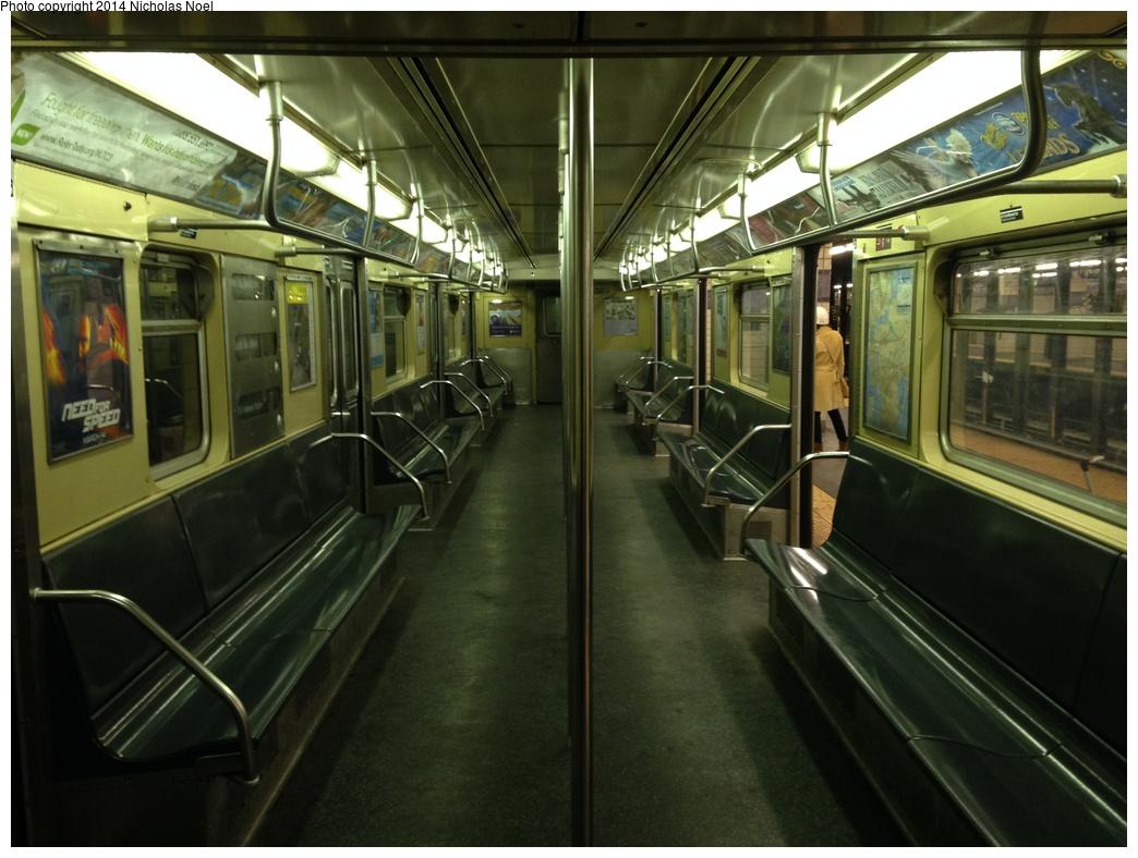 (276k, 1044x788)<br><b>Country:</b> United States<br><b>City:</b> New York<br><b>System:</b> New York City Transit<br><b>Route:</b> C<br><b>Car:</b> R-32 (Budd, 1964)  3775 <br><b>Photo by:</b> Nicholas Noel<br><b>Date:</b> 3/12/2014<br><b>Notes:</b> R32 C train interior at Euclid<br><b>Viewed (this week/total):</b> 0 / 791