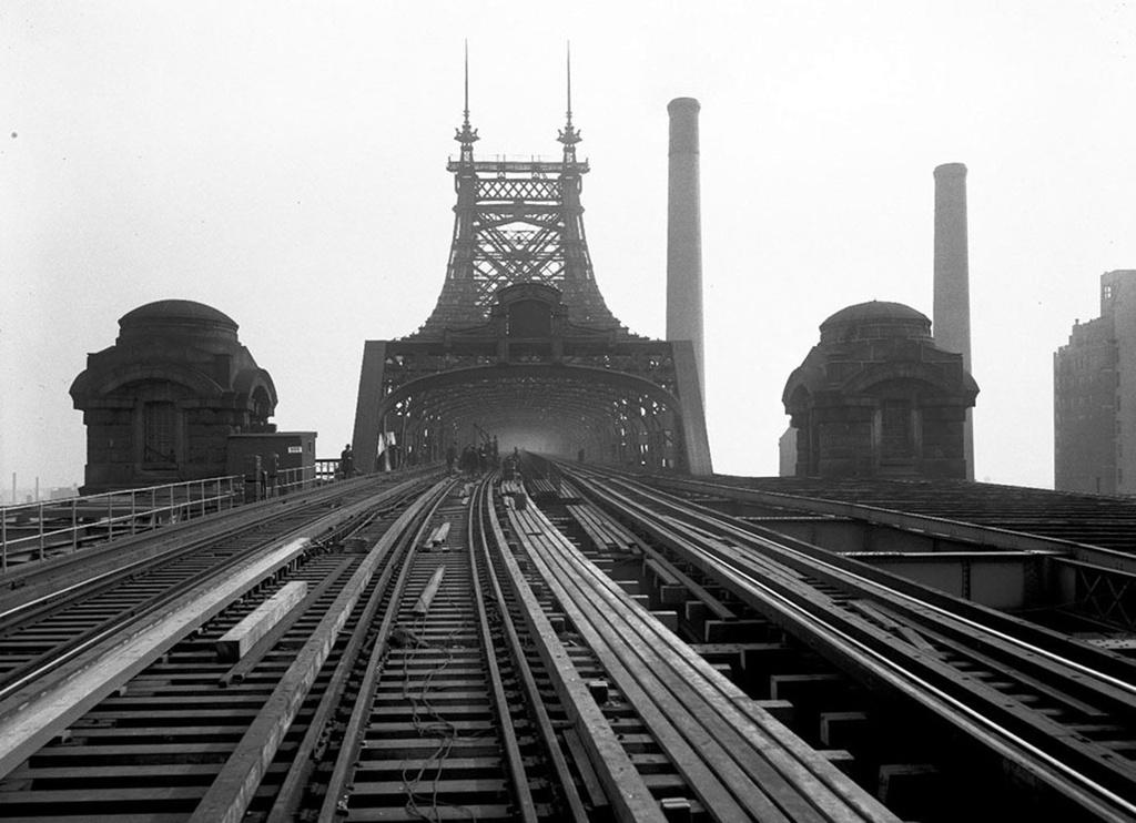 (220k, 1024x742)<br><b>Country:</b> United States<br><b>City:</b> New York<br><b>System:</b> New York City Transit<br><b>Line:</b> 2nd Avenue El<br><b>Location:</b> Queensborough Bridge <br><b>Collection of:</b> Frank Pfuhler<br><b>Date:</b> 11/22/1929<br><b>Notes:</b> Moving tracks to north side<br><b>Viewed (this week/total):</b> 2 / 1580