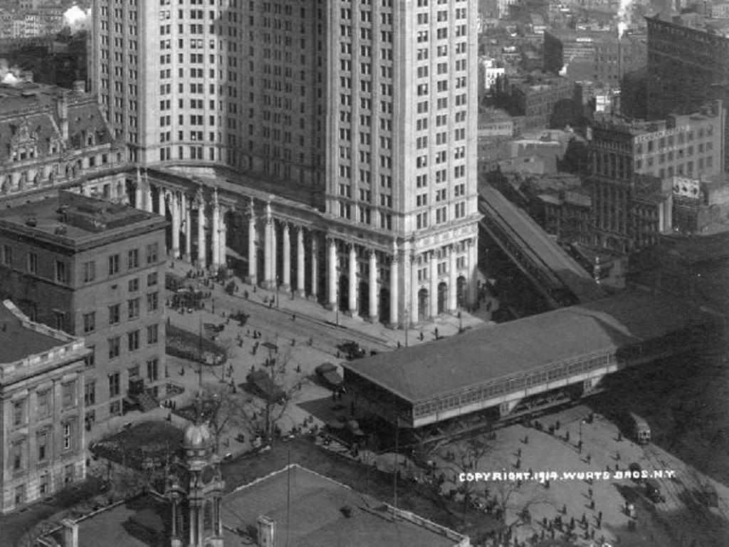 (247k, 1024x768)<br><b>Country:</b> United States<br><b>City:</b> New York<br><b>System:</b> New York City Transit<br><b>Line:</b> 3rd Avenue El<br><b>Location:</b> City Hall <br><b>Collection of:</b> Frank Pfuhler<br><b>Date:</b> 1914<br><b>Viewed (this week/total):</b> 0 / 934