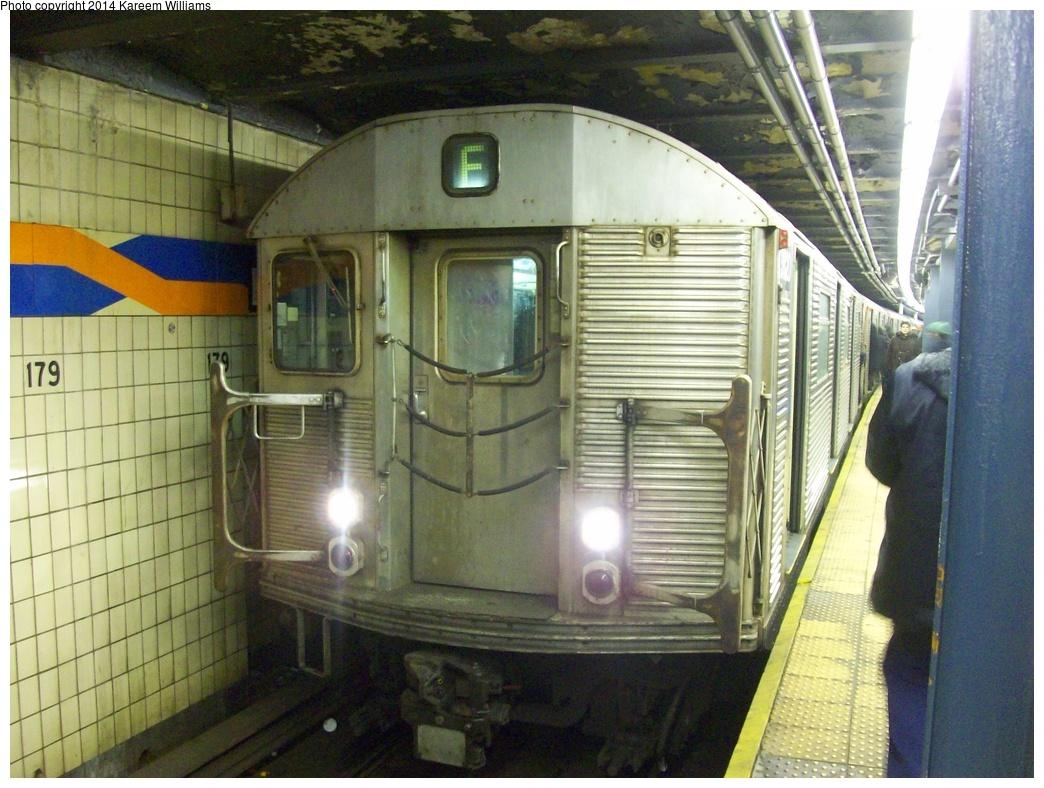(343k, 1044x788)<br><b>Country:</b> United States<br><b>City:</b> New York<br><b>System:</b> New York City Transit<br><b>Line:</b> IND Queens Boulevard Line<br><b>Location:</b> 179th Street <br><b>Route:</b> F<br><b>Car:</b> R-32 (Budd, 1964)  3820 <br><b>Photo by:</b> Kareem Williams<br><b>Date:</b> 3/16/2009<br><b>Viewed (this week/total):</b> 0 / 1372
