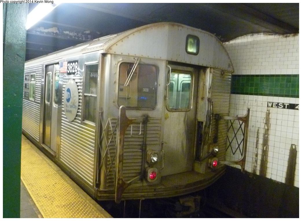 (323k, 1044x766)<br><b>Country:</b> United States<br><b>City:</b> New York<br><b>System:</b> New York City Transit<br><b>Line:</b> IND 8th Avenue Line<br><b>Location:</b> West 4th Street/Washington Square <br><b>Route:</b> C<br><b>Car:</b> R-32 (Budd, 1964)  3628 <br><b>Photo by:</b> Kevin Wong<br><b>Date:</b> 4/1/2014<br><b>Viewed (this week/total):</b> 7 / 1279