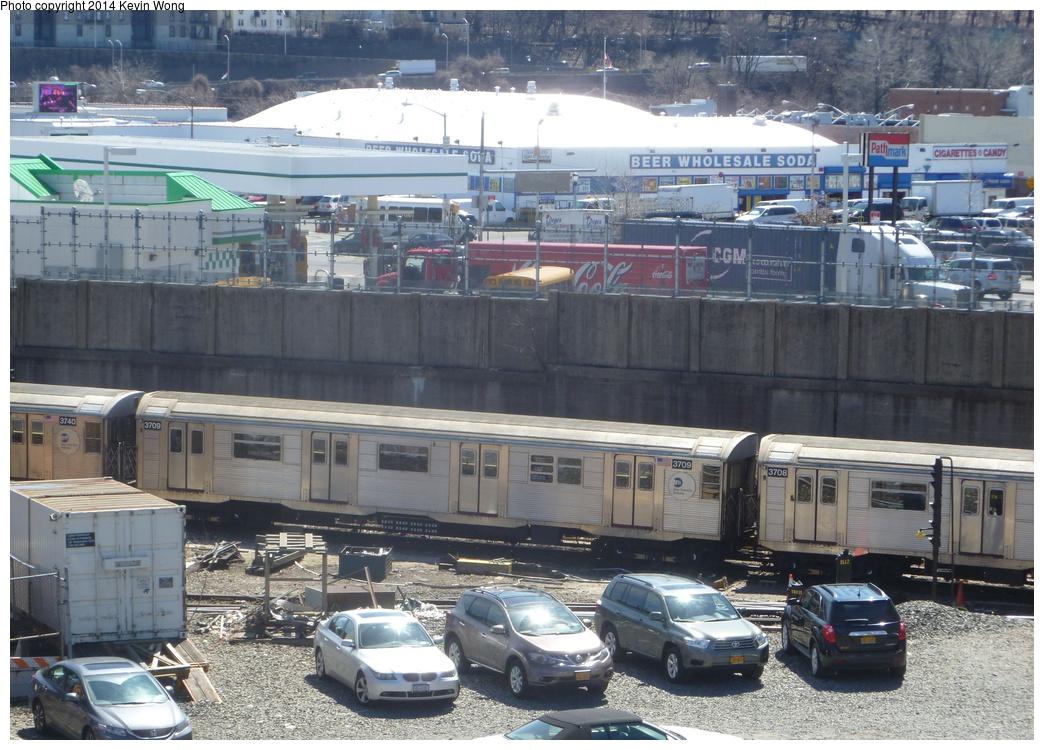 (352k, 1044x750)<br><b>Country:</b> United States<br><b>City:</b> New York<br><b>System:</b> New York City Transit<br><b>Location:</b> 207th Street Yard<br><b>Car:</b> R-32 (Budd, 1964)  3709 <br><b>Photo by:</b> Kevin Wong<br><b>Date:</b> 4/1/2014<br><b>Viewed (this week/total):</b> 1 / 1213