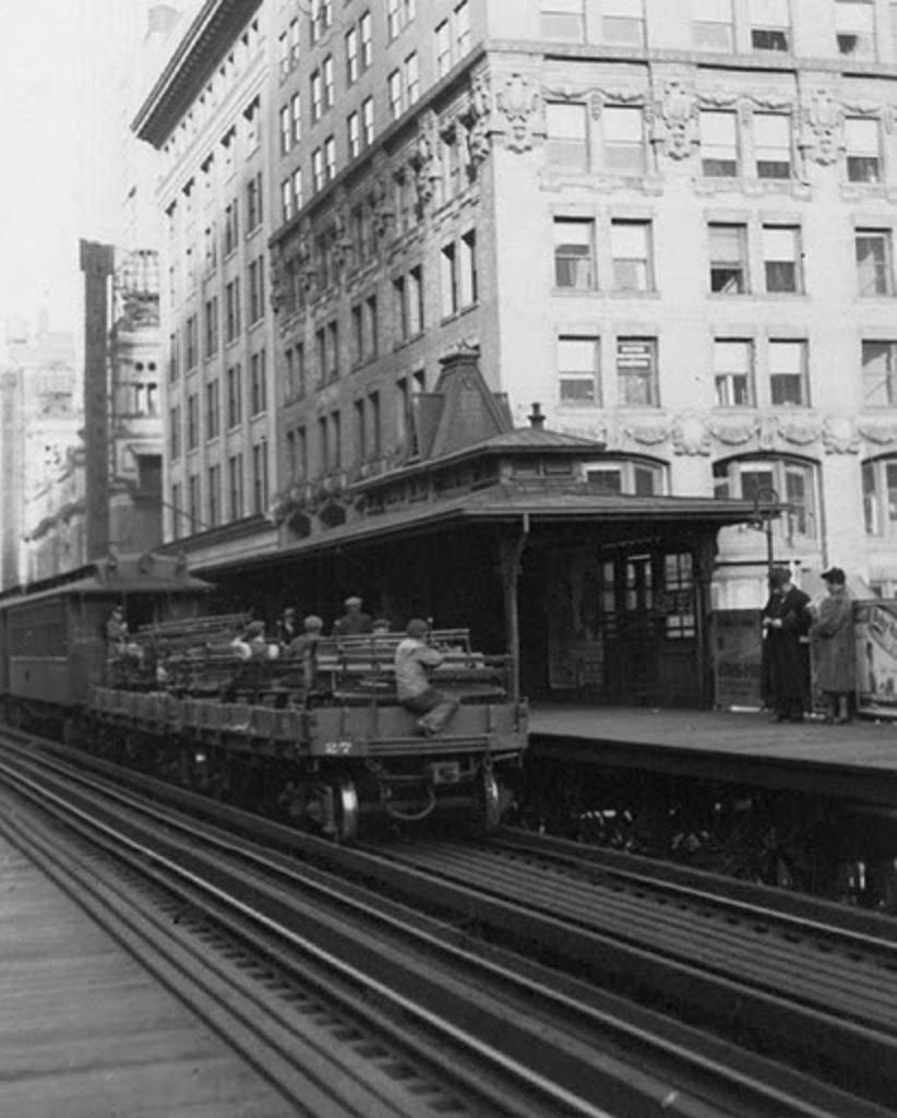 (199k, 822x1024)<br><b>Country:</b> United States<br><b>City:</b> New York<br><b>System:</b> New York City Transit<br><b>Line:</b> 6th Avenue El<br><b>Location:</b> 42nd Street <br><b>Collection of:</b> Frank Pfuhler<br><b>Date:</b> 12/4/1938<br><b>Notes:</b> Last day of service<br><b>Viewed (this week/total):</b> 1 / 819