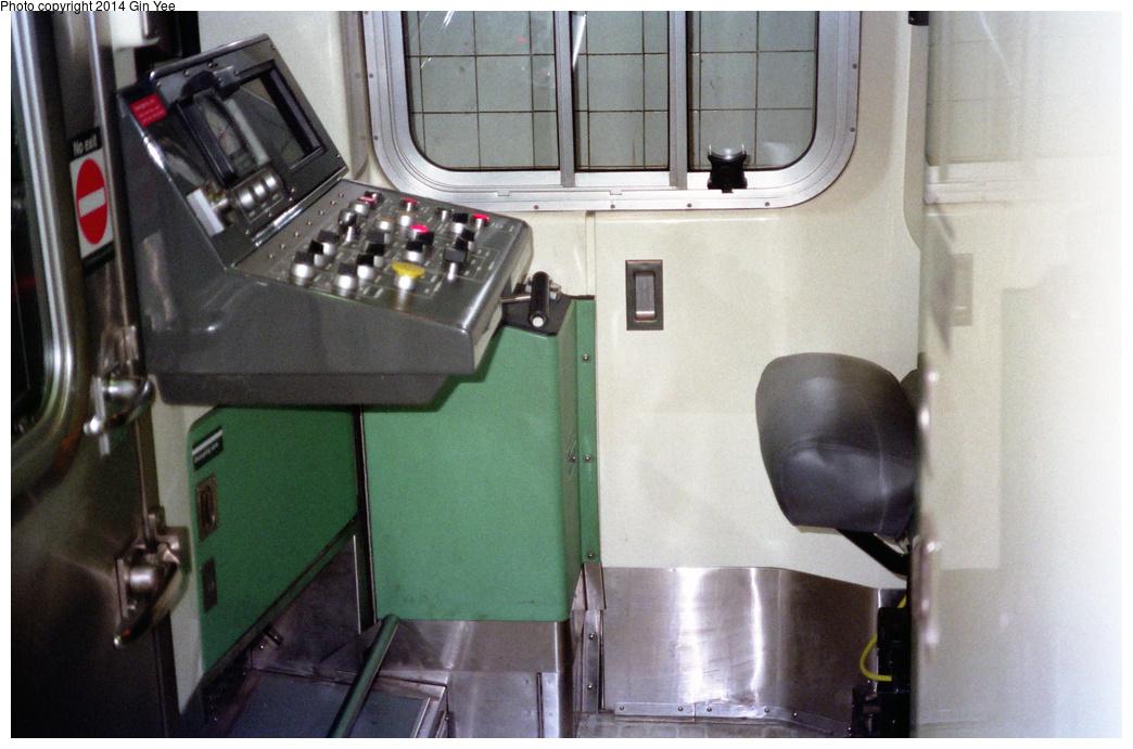 (390k, 1044x691)<br><b>Country:</b> United States<br><b>City:</b> New York<br><b>System:</b> New York City Transit<br><b>Location:</b> New York Transit Museum<br><b>Car:</b> R-110B (Bombardier, 1992) 3006 <br><b>Photo by:</b> Gin Yee<br><b>Date:</b> 11/1992<br><b>Viewed (this week/total):</b> 2 / 1648