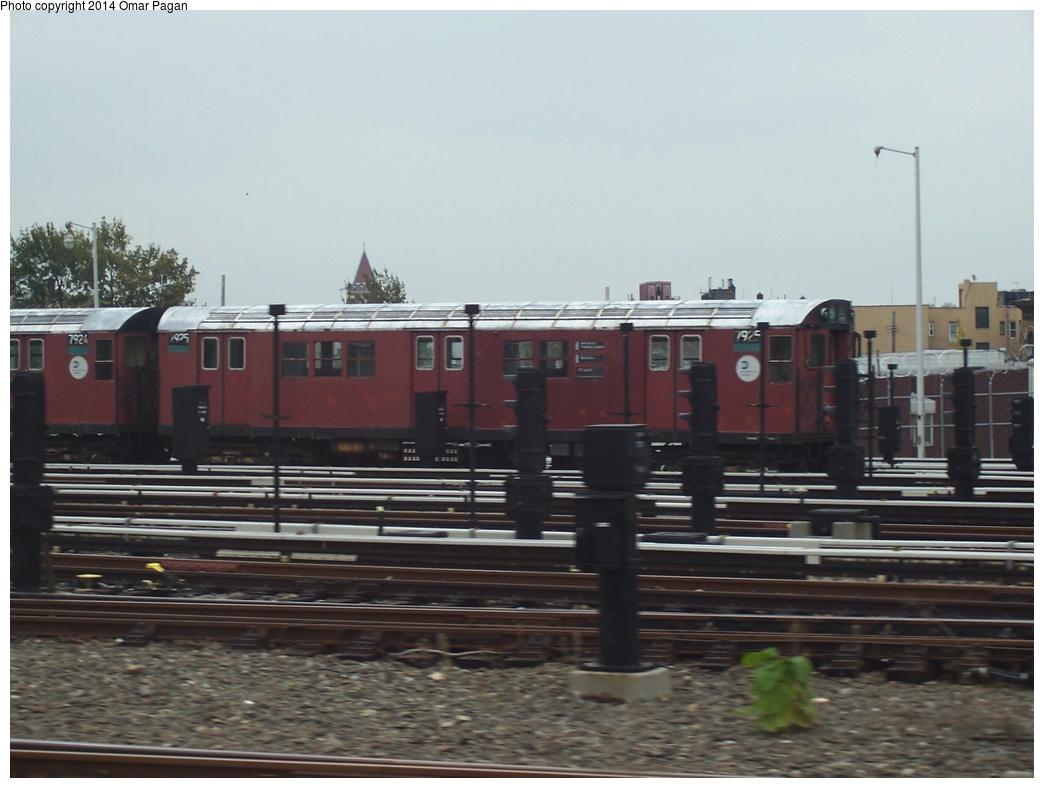 (226k, 1044x788)<br><b>Country:</b> United States<br><b>City:</b> New York<br><b>System:</b> New York City Transit<br><b>Location:</b> Unionport Yard<br><b>Car:</b> R-28 (American Car & Foundry, 1960-61) 7925 <br><b>Photo by:</b> Omar Pagan<br><b>Date:</b> 10/19/2006<br><b>Viewed (this week/total):</b> 1 / 832