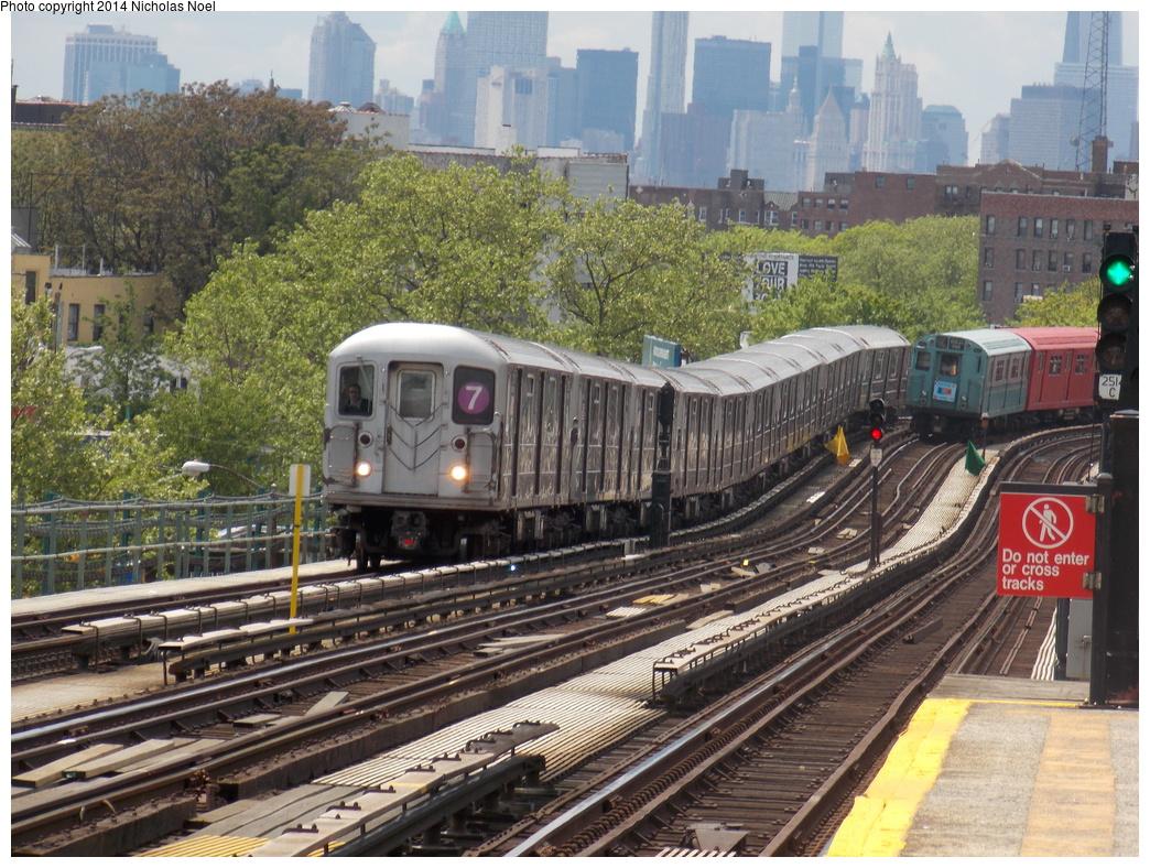 (473k, 1044x788)<br><b>Country:</b> United States<br><b>City:</b> New York<br><b>System:</b> New York City Transit<br><b>Line:</b> IRT Flushing Line<br><b>Location:</b> 52nd Street/Lincoln Avenue <br><b>Route:</b> 7<br><b>Car:</b> R-62A (Bombardier, 1984-1987)   <br><b>Photo by:</b> Nicholas Noel<br><b>Date:</b> 5/18/2013<br><b>Viewed (this week/total):</b> 1 / 1065