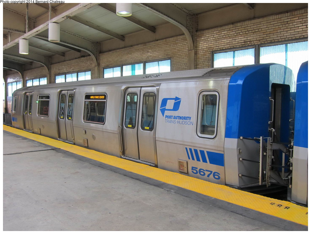 (296k, 1044x787)<br><b>Country:</b> United States<br><b>City:</b> Newark, NJ<br><b>System:</b> PATH<br><b>Location:</b> Newark (Penn Station) <br><b>Car:</b> PATH PA-5 (Kawasaki, 2009-2011) 5676 <br><b>Photo by:</b> Bernard Chatreau<br><b>Date:</b> 4/18/2011<br><b>Viewed (this week/total):</b> 1 / 681