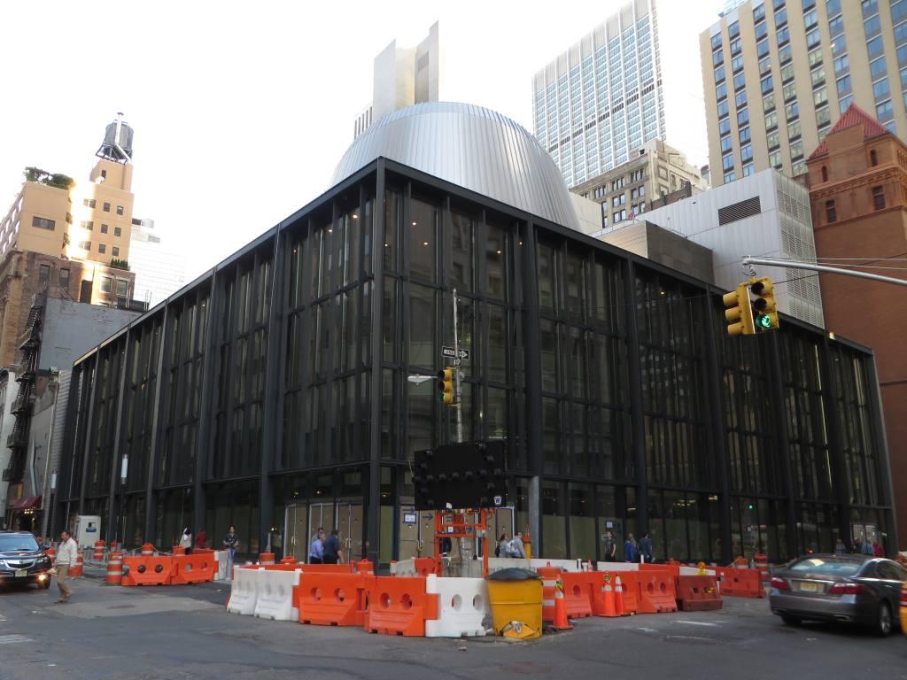(115k, 1024x768)<br><b>Country:</b> United States<br><b>City:</b> New York<br><b>System:</b> New York City Transit<br><b>Location:</b> Fulton Street Transit Center<br><b>Photo by:</b> Robbie Rosenfeld<br><b>Date:</b> 5/18/2014<br><b>Viewed (this week/total):</b> 0 / 574