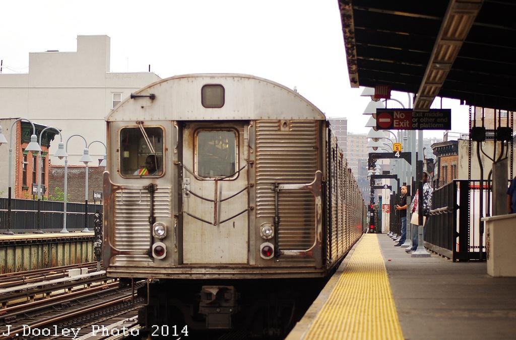 (307k, 1024x675)<br><b>Country:</b> United States<br><b>City:</b> New York<br><b>System:</b> New York City Transit<br><b>Line:</b> BMT Nassau Street/Jamaica Line<br><b>Location:</b> Marcy Avenue <br><b>Route:</b> J<br><b>Car:</b> R-32 (Budd, 1964)   <br><b>Photo by:</b> John Dooley<br><b>Date:</b> 6/9/2014<br><b>Viewed (this week/total):</b> 6 / 1117