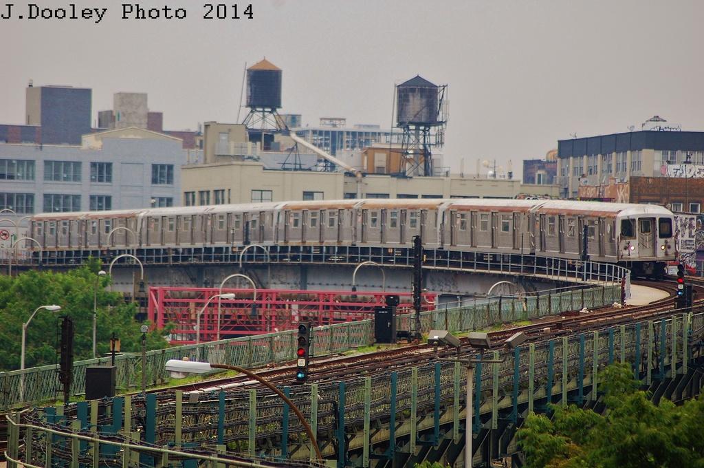 (359k, 1024x680)<br><b>Country:</b> United States<br><b>City:</b> New York<br><b>System:</b> New York City Transit<br><b>Line:</b> BMT Nassau Street/Jamaica Line<br><b>Location:</b> Williamsburg Bridge<br><b>Route:</b> J<br><b>Car:</b> R-42 (St. Louis, 1969-1970)   <br><b>Photo by:</b> John Dooley<br><b>Date:</b> 6/9/2014<br><b>Viewed (this week/total):</b> 0 / 888