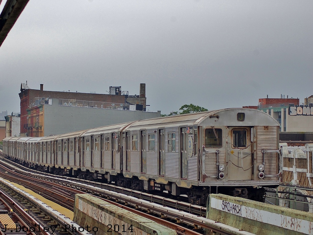 (376k, 1024x770)<br><b>Country:</b> United States<br><b>City:</b> New York<br><b>System:</b> New York City Transit<br><b>Line:</b> BMT Nassau Street/Jamaica Line<br><b>Location:</b> Flushing Avenue <br><b>Route:</b> J<br><b>Car:</b> R-32 (Budd, 1964)   <br><b>Photo by:</b> John Dooley<br><b>Date:</b> 6/9/2014<br><b>Viewed (this week/total):</b> 1 / 877