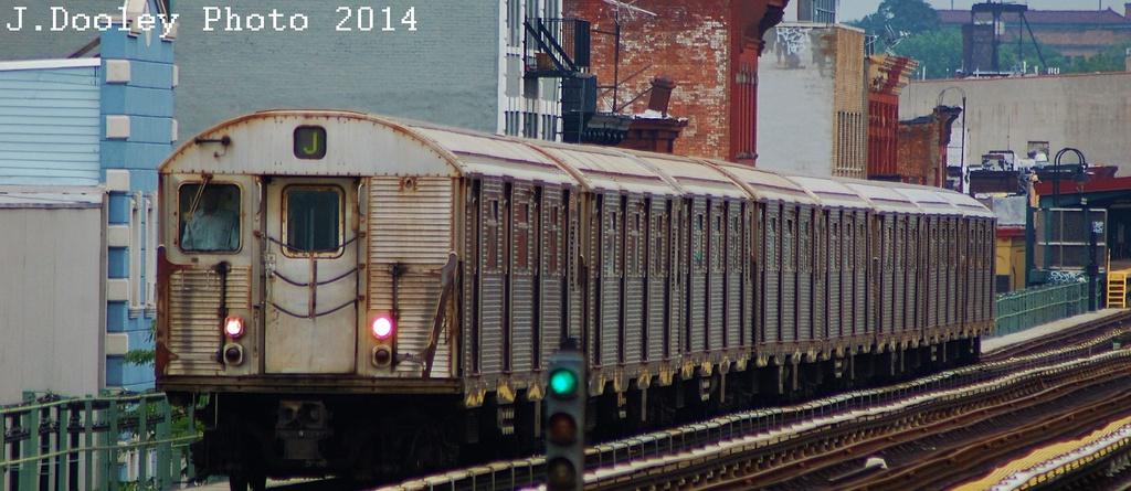 (265k, 1024x445)<br><b>Country:</b> United States<br><b>City:</b> New York<br><b>System:</b> New York City Transit<br><b>Line:</b> BMT Nassau Street/Jamaica Line<br><b>Location:</b> Flushing Avenue <br><b>Route:</b> J<br><b>Car:</b> R-32 (Budd, 1964)   <br><b>Photo by:</b> John Dooley<br><b>Date:</b> 6/9/2014<br><b>Viewed (this week/total):</b> 0 / 966