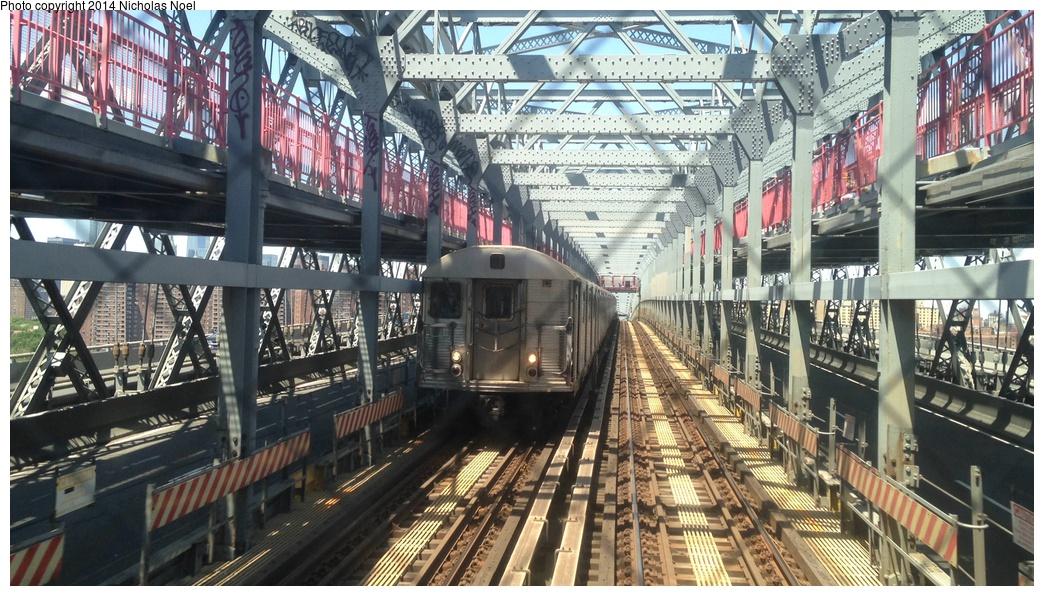(340k, 1044x596)<br><b>Country:</b> United States<br><b>City:</b> New York<br><b>System:</b> New York City Transit<br><b>Line:</b> BMT Nassau Street/Jamaica Line<br><b>Location:</b> Williamsburg Bridge<br><b>Route:</b> J<br><b>Car:</b> R-32 (Budd, 1964)   <br><b>Photo by:</b> Nicholas Noel<br><b>Date:</b> 6/7/2014<br><b>Viewed (this week/total):</b> 0 / 864