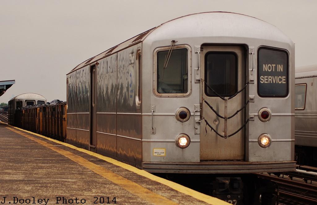 (260k, 1024x663)<br><b>Country:</b> United States<br><b>City:</b> New York<br><b>System:</b> New York City Transit<br><b>Line:</b> BMT Culver Line<br><b>Location:</b> Bay Parkway (22nd Avenue) <br><b>Route:</b> Work Service<br><b>Car:</b> R-127/R-134 (Kawasaki, 1991-1996) EP006 <br><b>Photo by:</b> John Dooley<br><b>Date:</b> 6/9/2014<br><b>Viewed (this week/total):</b> 1 / 809