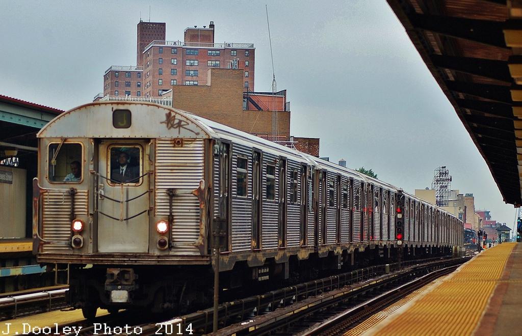 (358k, 1024x660)<br><b>Country:</b> United States<br><b>City:</b> New York<br><b>System:</b> New York City Transit<br><b>Line:</b> BMT Nassau Street/Jamaica Line<br><b>Location:</b> Hewes Street <br><b>Route:</b> J<br><b>Car:</b> R-32 (Budd, 1964)  3779 <br><b>Photo by:</b> John Dooley<br><b>Date:</b> 6/9/2014<br><b>Viewed (this week/total):</b> 2 / 1332