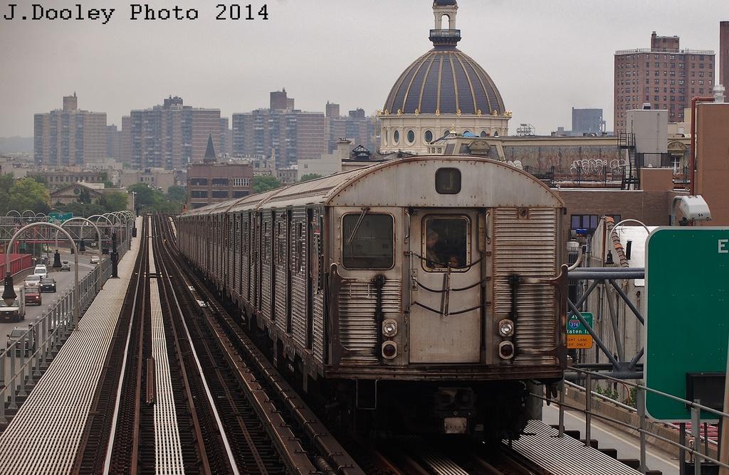 (363k, 1024x668)<br><b>Country:</b> United States<br><b>City:</b> New York<br><b>System:</b> New York City Transit<br><b>Line:</b> BMT Nassau Street/Jamaica Line<br><b>Location:</b> Williamsburg Bridge<br><b>Route:</b> J<br><b>Car:</b> R-32 (Budd, 1964)  3838 <br><b>Photo by:</b> John Dooley<br><b>Date:</b> 6/9/2014<br><b>Viewed (this week/total):</b> 1 / 766
