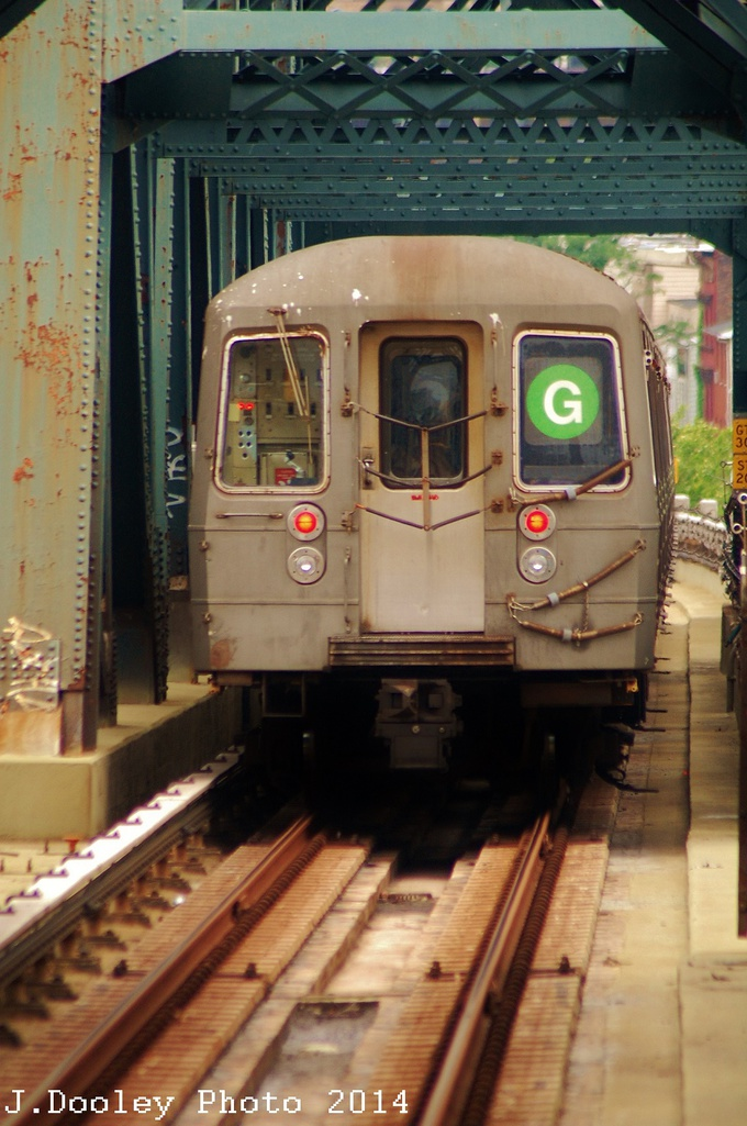 (295k, 680x1025)<br><b>Country:</b> United States<br><b>City:</b> New York<br><b>System:</b> New York City Transit<br><b>Line:</b> IND Crosstown Line<br><b>Location:</b> Smith/9th Street <br><b>Route:</b> G<br><b>Car:</b> R-68 (Westinghouse-Amrail, 1986-1988)  2904 <br><b>Photo by:</b> John Dooley<br><b>Date:</b> 6/9/2014<br><b>Viewed (this week/total):</b> 0 / 815
