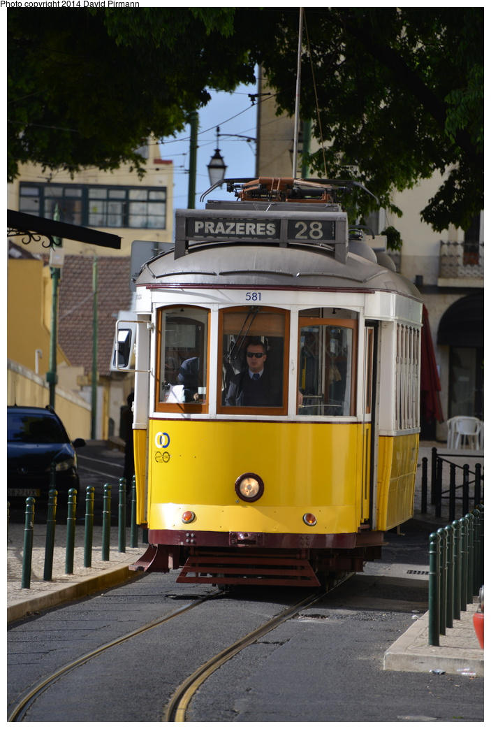 (303k, 703x1043)<br><b>Country:</b> Portugal<br><b>City:</b> Lisbon<br><b>System:</b> Companhia Carris De Ferro De Lisboa <br><b>Line:</b> 28 (Alfama via Martim Moniz - Prazares) <br><b>Location:</b> Rua Pavia de Andrada <br><b>Car:</b> Standard Tram Remodelado (Carris Rebuild)  581 <br><b>Photo by:</b> David Pirmann<br><b>Date:</b> 4/27/2014<br><b>Viewed (this week/total):</b> 0 / 419