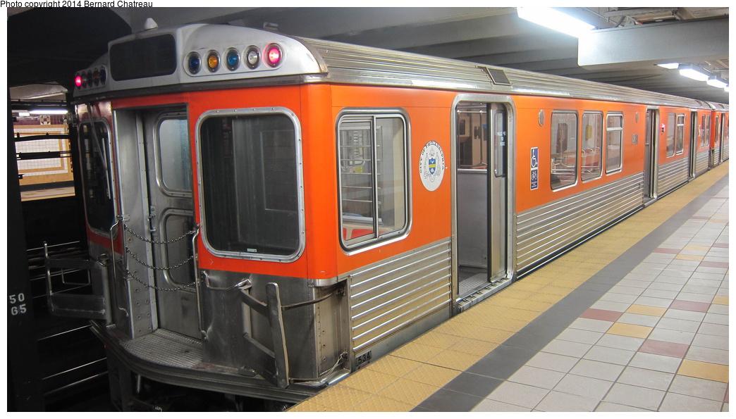 (256k, 1044x595)<br><b>Country:</b> United States<br><b>City:</b> Philadelphia, PA<br><b>System:</b> SEPTA (or Predecessor)<br><b>Line:</b> Broad Street Subway<br><b>Location:</b> Logan <br><b>Car:</b> SEPTA B-4 (Kawasaki, 1982)  534 <br><b>Photo by:</b> Bernard Chatreau<br><b>Date:</b> 10/6/2011<br><b>Viewed (this week/total):</b> 0 / 506