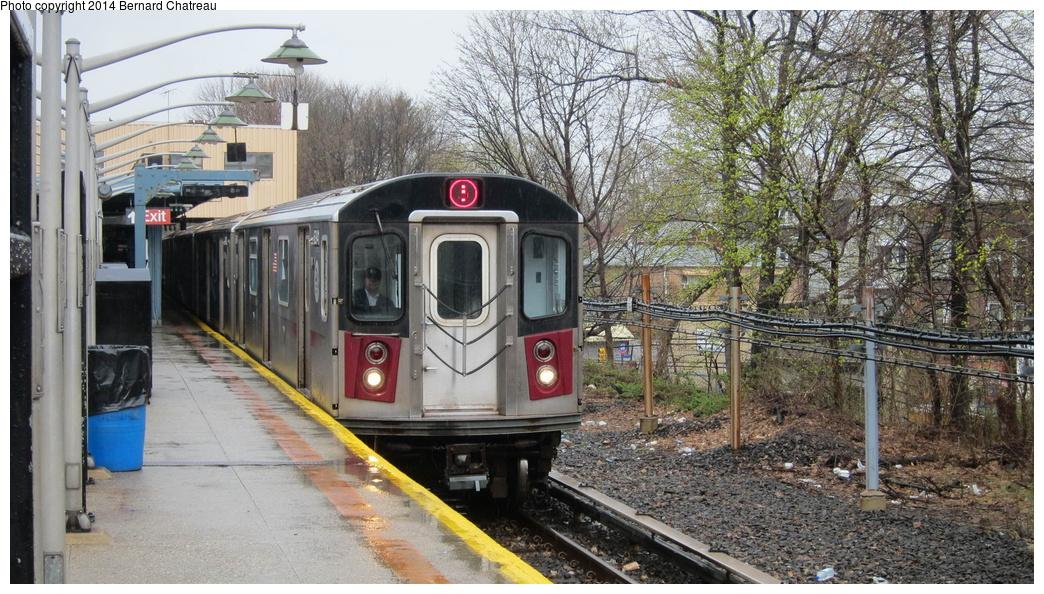 (360k, 1044x594)<br><b>Country:</b> United States<br><b>City:</b> New York<br><b>System:</b> New York City Transit<br><b>Line:</b> IRT Dyre Ave. Line<br><b>Location:</b> Dyre Avenue <br><b>Route:</b> 5<br><b>Car:</b> R-142 (Primary Order, Bombardier, 1999-2002)  6941 <br><b>Photo by:</b> Bernard Chatreau<br><b>Date:</b> 4/12/2011<br><b>Viewed (this week/total):</b> 1 / 1036
