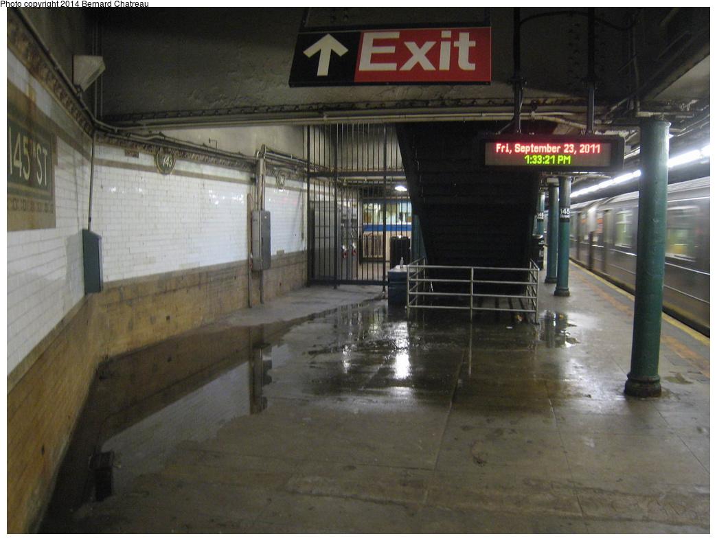 (291k, 1044x788)<br><b>Country:</b> United States<br><b>City:</b> New York<br><b>System:</b> New York City Transit<br><b>Line:</b> IRT Lenox Line<br><b>Location:</b> 145th Street <br><b>Photo by:</b> Bernard Chatreau<br><b>Date:</b> 9/23/2011<br><b>Viewed (this week/total):</b> 0 / 1037