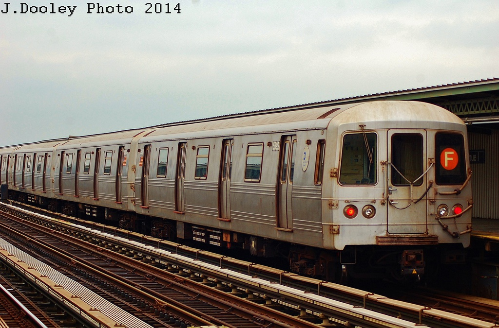(339k, 1024x675)<br><b>Country:</b> United States<br><b>City:</b> New York<br><b>System:</b> New York City Transit<br><b>Line:</b> BMT Culver Line<br><b>Location:</b> Avenue I <br><b>Route:</b> F<br><b>Car:</b> R-46 (Pullman-Standard, 1974-75) 5592 <br><b>Photo by:</b> John Dooley<br><b>Date:</b> 6/9/2014<br><b>Viewed (this week/total):</b> 1 / 861