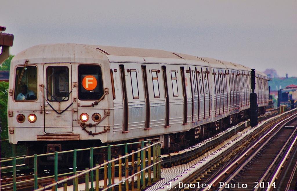 (327k, 1024x657)<br><b>Country:</b> United States<br><b>City:</b> New York<br><b>System:</b> New York City Transit<br><b>Line:</b> BMT Culver Line<br><b>Location:</b> 18th Avenue <br><b>Route:</b> F<br><b>Car:</b> R-46 (Pullman-Standard, 1974-75) 5706 <br><b>Photo by:</b> John Dooley<br><b>Date:</b> 6/9/2014<br><b>Viewed (this week/total):</b> 0 / 845