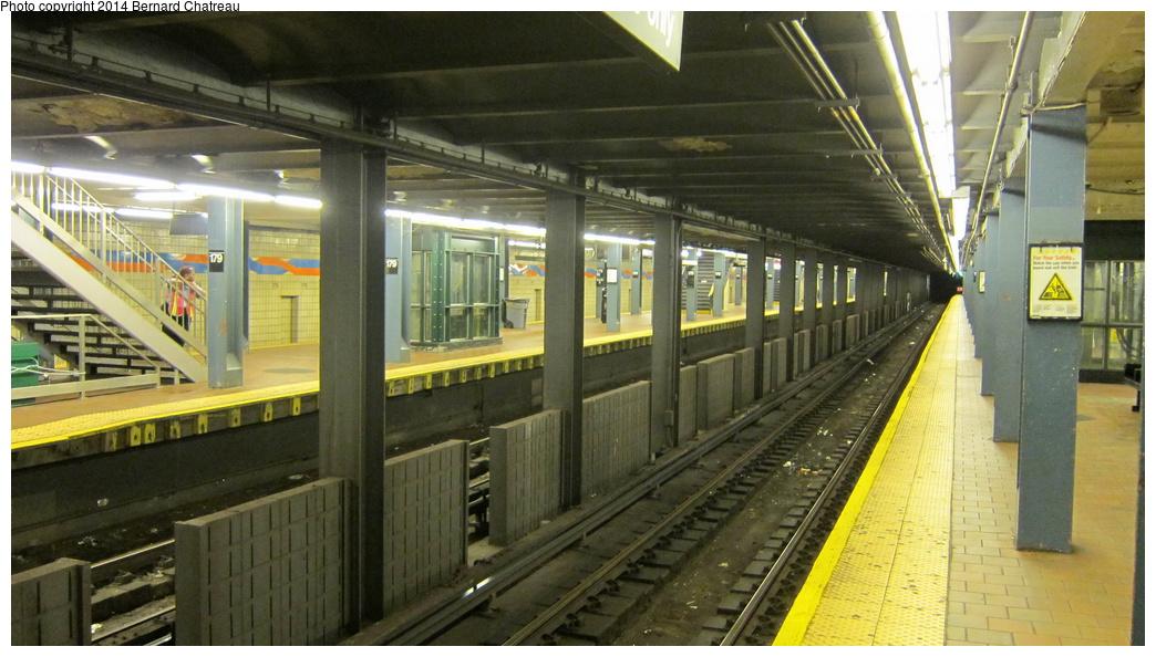 (273k, 1044x594)<br><b>Country:</b> United States<br><b>City:</b> New York<br><b>System:</b> New York City Transit<br><b>Line:</b> IND Queens Boulevard Line<br><b>Location:</b> 179th Street <br><b>Photo by:</b> Bernard Chatreau<br><b>Date:</b> 9/28/2011<br><b>Viewed (this week/total):</b> 3 / 1024