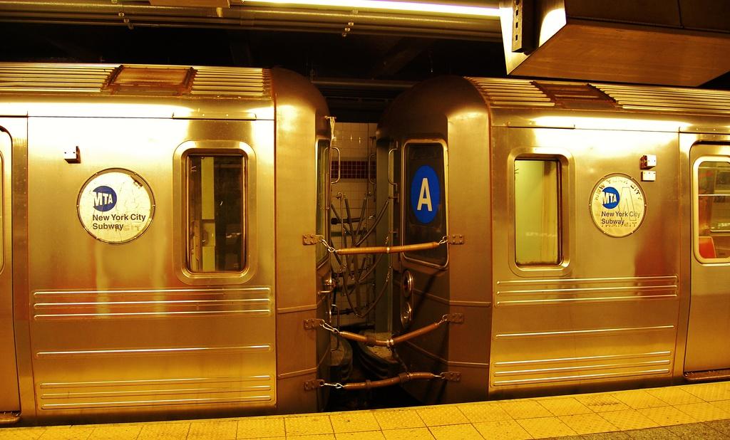 (294k, 1024x618)<br><b>Country:</b> United States<br><b>City:</b> New York<br><b>System:</b> New York City Transit<br><b>Line:</b> IND 8th Avenue Line<br><b>Location:</b> 207th Street <br><b>Route:</b> A<br><b>Car:</b> R-68A (Kawasaki, 1988-1989)   <br><b>Photo by:</b> John Dooley<br><b>Date:</b> 6/26/2014<br><b>Viewed (this week/total):</b> 2 / 1724