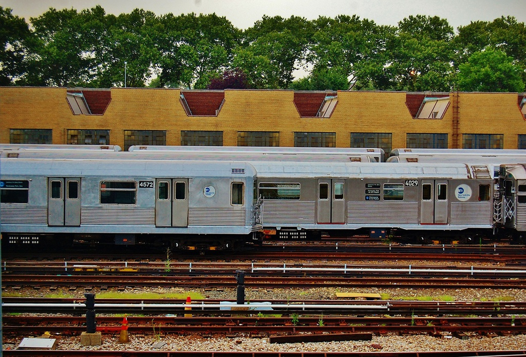(483k, 1024x694)<br><b>Country:</b> United States<br><b>City:</b> New York<br><b>System:</b> New York City Transit<br><b>Location:</b> Concourse Yard<br><b>Car:</b> R-42 (St. Louis, 1969-1970)  4572 <br><b>Photo by:</b> John Dooley<br><b>Date:</b> 8/1/2014<br><b>Viewed (this week/total):</b> 1 / 1306