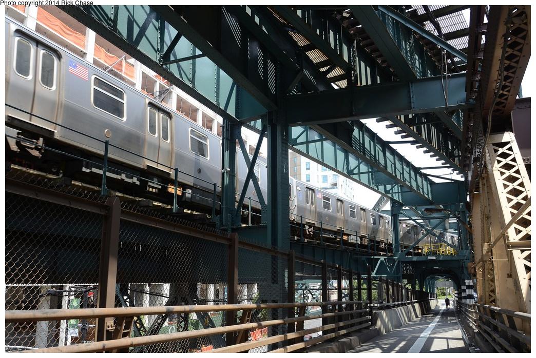 (415k, 1044x698)<br><b>Country:</b> United States<br><b>City:</b> New York<br><b>System:</b> New York City Transit<br><b>Line:</b> BMT Astoria Line<br><b>Location:</b> Queensborough Plaza <br><b>Route:</b> N<br><b>Car:</b> R-160A/R-160B Series (Number Unknown)  <br><b>Photo by:</b> Richard Chase<br><b>Date:</b> 6/30/2014<br><b>Viewed (this week/total):</b> 0 / 2541
