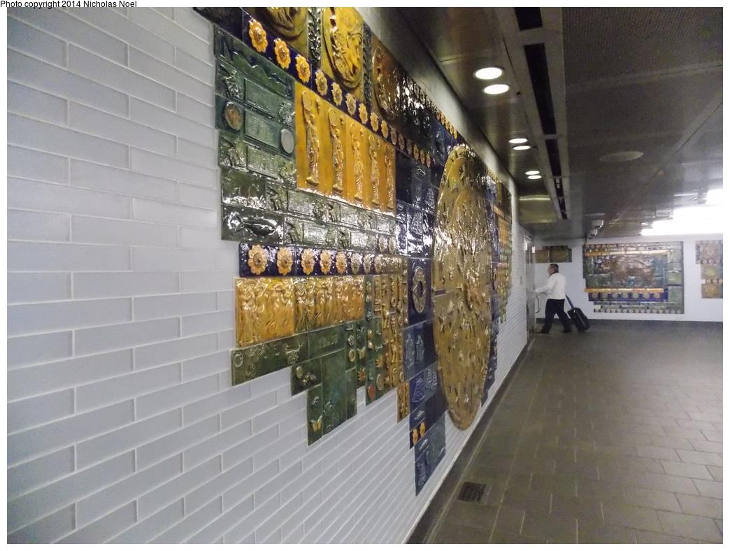 (363k, 1044x788)<br><b>Country:</b> United States<br><b>City:</b> New York<br><b>System:</b> New York City Transit<br><b>Line:</b> BMT Broadway Line<br><b>Location:</b> Cortlandt Street-World Trade Center <br><b>Photo by:</b> Nicholas Noel<br><b>Date:</b> 11/10/2014<br><b>Artwork:</b> <i>Trade, Treasure, and Travel</i>, Margie Hughto (1997).<br><b>Viewed (this week/total):</b> 2 / 837