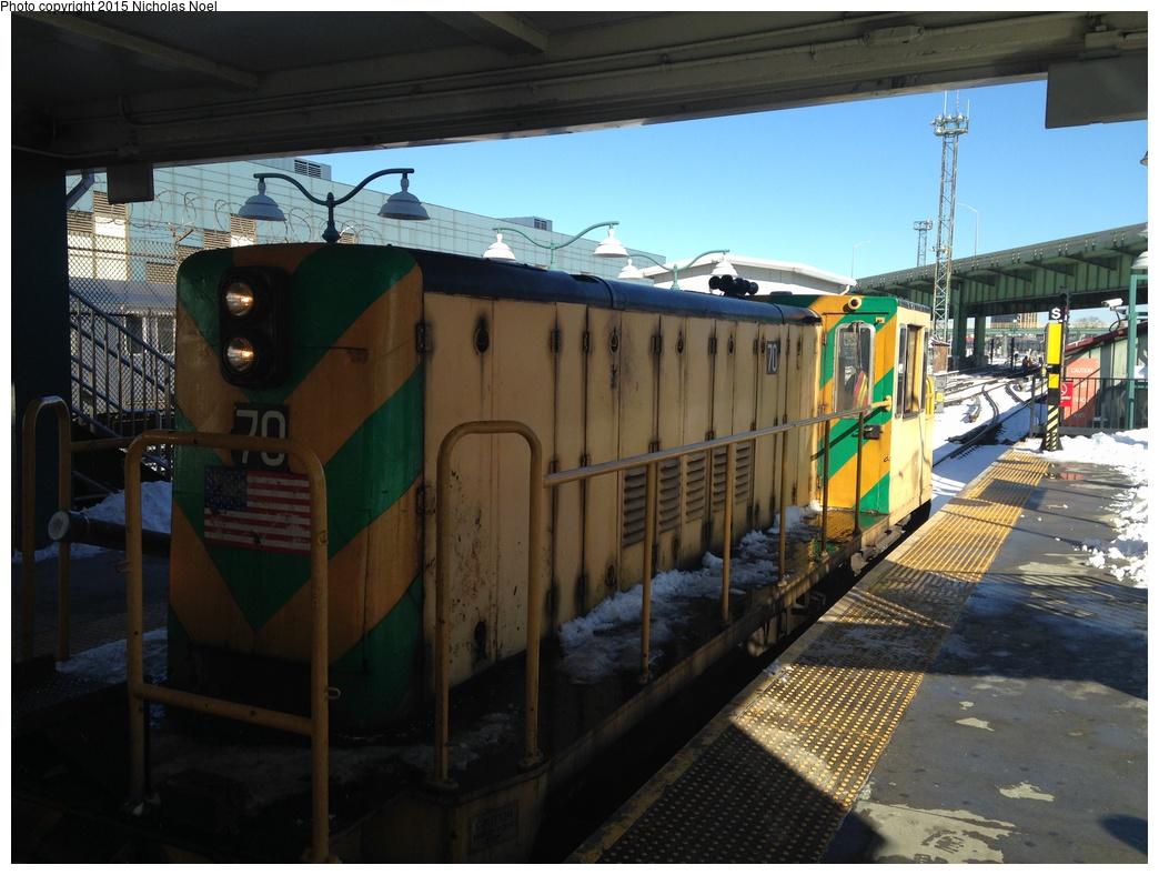 (289k, 1044x788)<br><b>Country:</b> United States<br><b>City:</b> New York<br><b>System:</b> New York City Transit<br><b>Line:</b> IRT White Plains Road Line<br><b>Location:</b> East 180th Street<br><b>Route:</b> Work Service<br><b>Car:</b> R-47 Locomotive 70 <br><b>Photo by:</b> Nicholas Noel<br><b>Date:</b> 1/28/2015<br><b>Viewed (this week/total):</b> 2 / 992