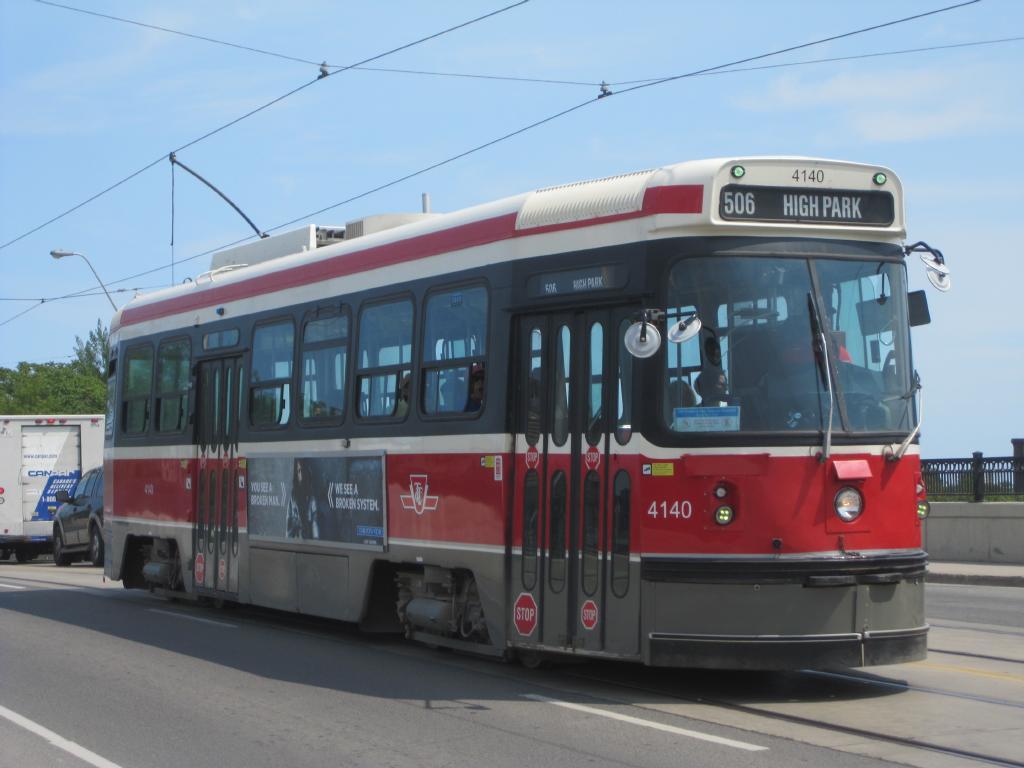 (87k, 1024x768)<br><b>Country:</b> Canada<br><b>City:</b> Toronto<br><b>System:</b> TTC<br><b>Line:</b> TTC 506-Carlton<br><b>Location:</b> Dundas/Sterling<br><b>Car:</b> TTC CLRV 4140 <br><b>Photo by:</b> Collection of nycsubway.org<br><b>Date:</b> 7/3/2015<br><b>Notes:</b> Westbound car. The bridge carries Dundas over CN and CP railway tracks.<br><b>Viewed (this week/total):</b> 0 / 644