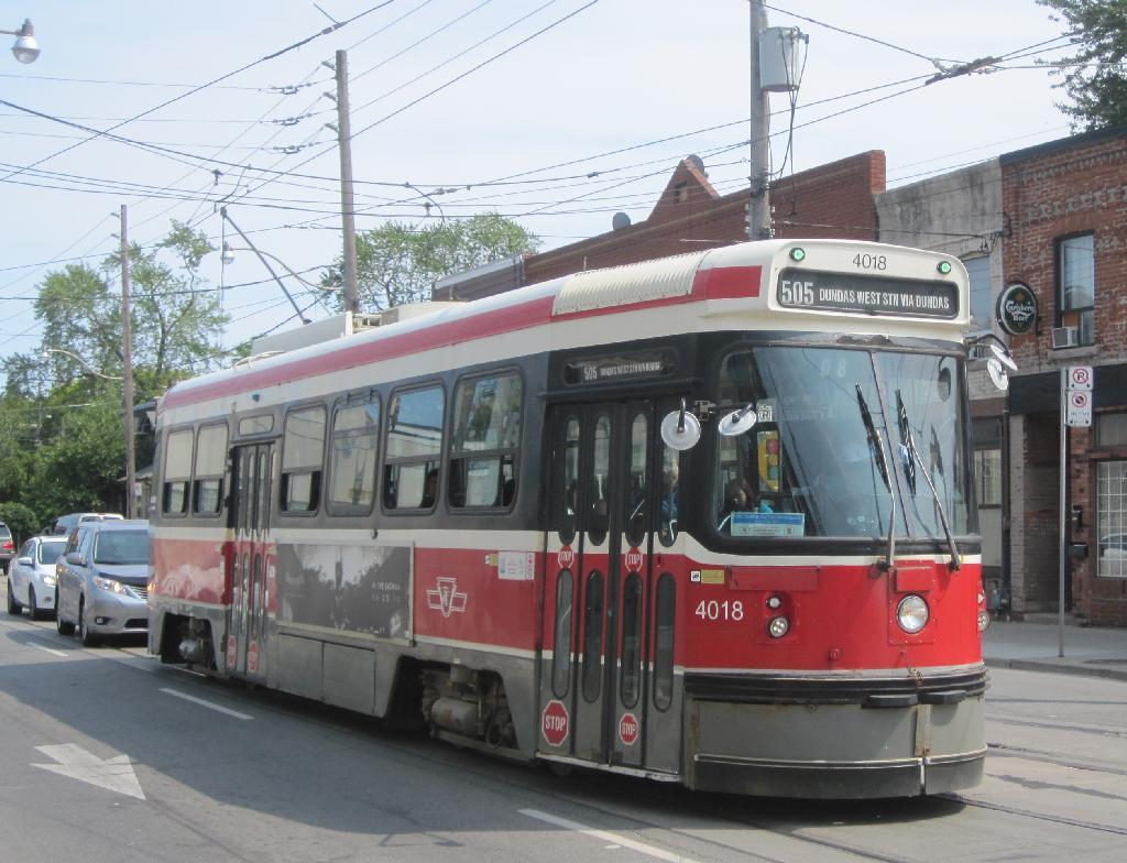 (127k, 1024x784)<br><b>Country:</b> Canada<br><b>City:</b> Toronto<br><b>System:</b> TTC<br><b>Line:</b> TTC 505-Dundas<br><b>Location:</b> Dundas/Howard Park<br><b>Car:</b> TTC CLRV 4018 <br><b>Photo by:</b> Collection of nycsubway.org<br><b>Date:</b> 7/3/2015<br><b>Notes:</b> Eastbound.<br><b>Viewed (this week/total):</b> 0 / 357