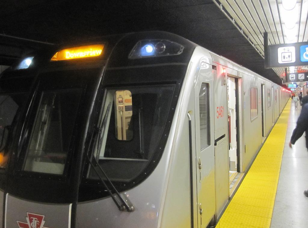 (96k, 1024x757)<br><b>Country:</b> Canada<br><b>City:</b> Toronto<br><b>System:</b> TTC<br><b>Line:</b> TTC Yonge-University-Spadina Subway<br><b>Location:</b> Eglinton<br><b>Photo by:</b> Collection of nycsubway.org<br><b>Date:</b> 7/3/2015<br><b>Notes:</b> Southbound train to Downsview at Eglinton station. Lead car is 5461.<br><b>Viewed (this week/total):</b> 1 / 459